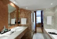 Penha-Longa-Resort-Doppelzimmer-Badezimmer
