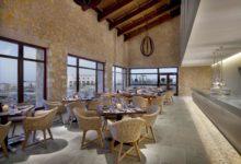 The-Westin-Resort-Costa-Navarino-Zimmer-Restaurant-Flame