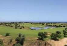 Sheraton-Donnafugata-Golf-Resort & Spa-Golfplatz-mit-Meerblick