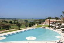 Sheraton-Donnafugata-Golf-Resort-&-Spa-Außenpool