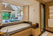 Constance-Lemuria-Seychelles-Junior-Suite-Badezimmer