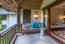 Constance-Lemuria-Seychelles-Junior-Suite-Balkon