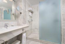 Fuerte-Marbella-Doppelzimmer-Classic-Badezimmer