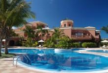 Hotel Las-Madrigueras-Pool