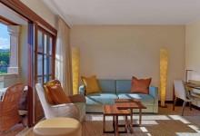 Sheraton-Arabella-Golf-Hotel-Junior-Suite-Wohnbereich