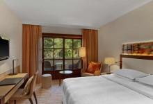 Sheraton-Arabella-Golf-Hotel-Superior-Zimmer-mit-Balkon