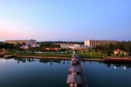 Gloria-Serenity-Resort-Gesamtansicht