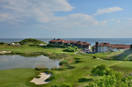 Thracian-Cliffs-Golf-Beach-Resort-Marina-Village
