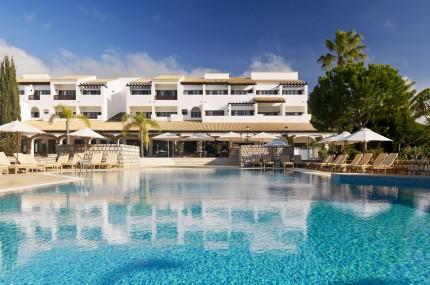 Pine Cliffs Hotel & Pine Cliffs Resort, a Luxury Collection Resort Pool