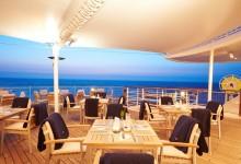 MS-EUROPA-2-Yacht-Club-Terrasse