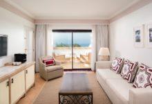 Pine-Cliffs-Resort-Premium-Bi-Level -Suite (living room)
