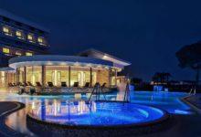Spa & Hotel-Terme-Esplanade-Tergesteo-Außenansicht-NAcht (2)