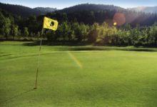 Robinson-Club-Ampflwang-Golffahne