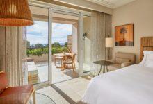 The-Westin-Resort-Costa-Navarino-Doppelzimmer-Resort-Sea-View
