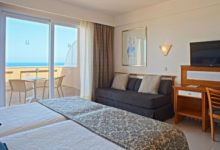 Hipotels-Barrosa-Park-Hotel-Doppelzimmer-mit-Sofabett