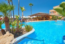 HIipotels-Barrosa-Park-Hotel-Pool