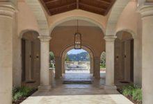 Park-Hyatt-Mallorca-Entrance-Portrait