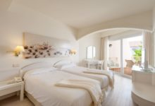 Iberostar-Royal-Andalus-Doppelzimmer-seitlicher-Meerblick