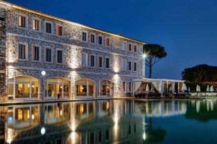 Terme-di-Saturnia-Spa-&-Golf-Resort-Außenansicht (2)