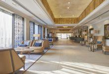 Dona-Filipa-Hotel-Lobby