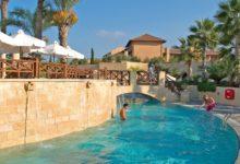 Elysium-Hotel-Pool