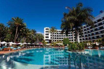 Seaside-Palm-Beach-Pool