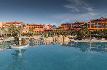 Sheraton_Fuerteventura_Außenansicht_mit_Pool
